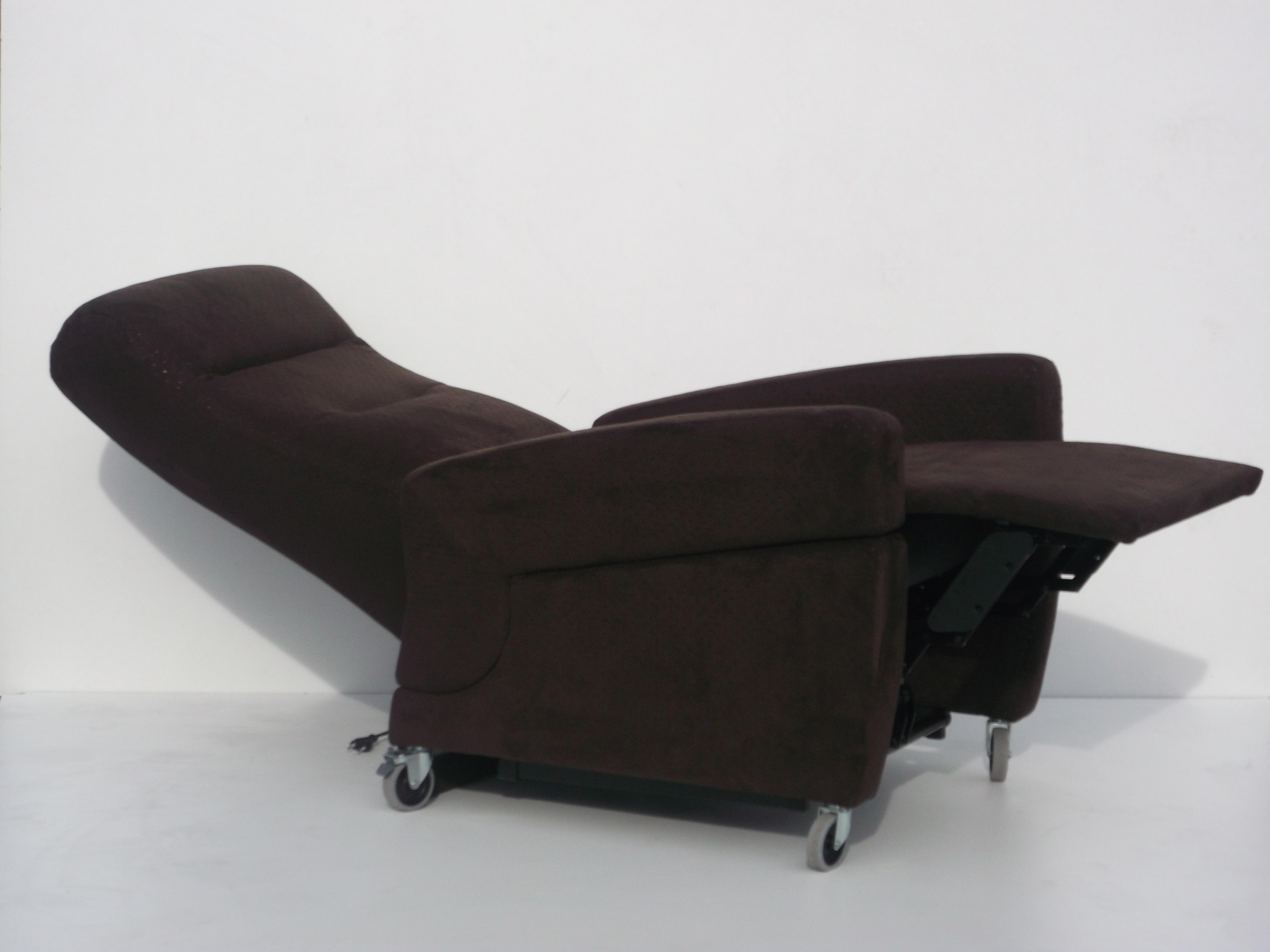 belle chaise longue relax id es de bain de soleil. Black Bedroom Furniture Sets. Home Design Ideas